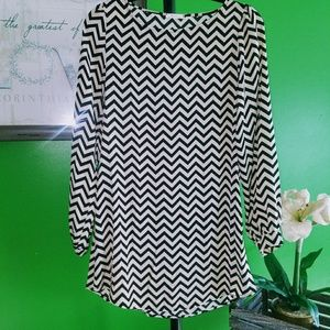 ***Beautiful Everly blouse